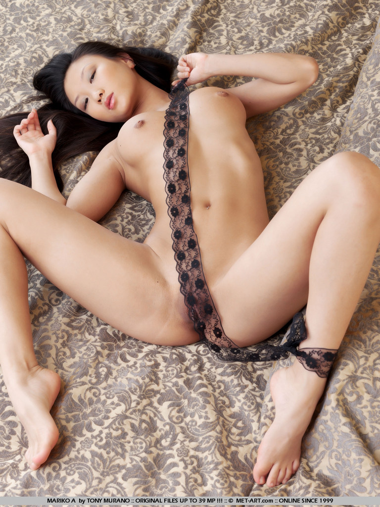 Asian girls nude Shaved