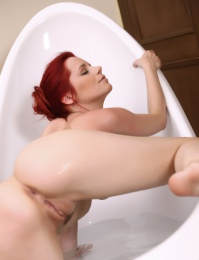 Beautiful red hair, its fake but hot