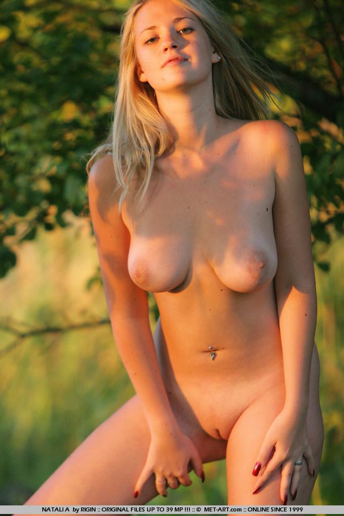 Nude femjoy nymph