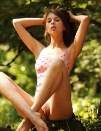 Hot Fucking Girl in a wild hot photo set