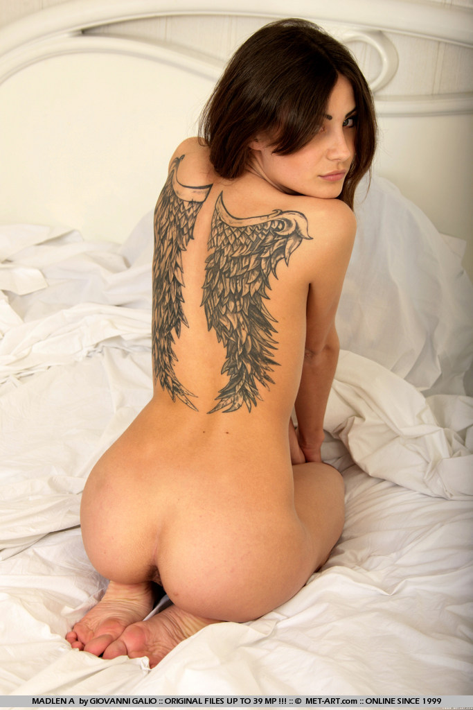 Hot naked babes with tattoos