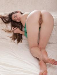 Nude Lukki Lima porn pics