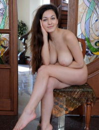 Pale porn model with greats tits from Met-Art